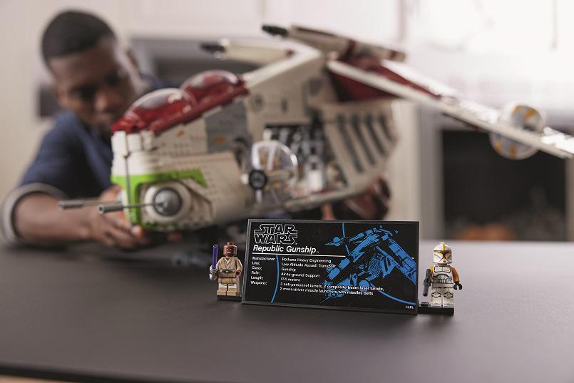LEGO Star Wars Nave de Ataque da República